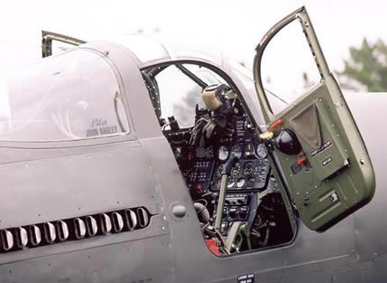 p-63_cobra_cockpit_door